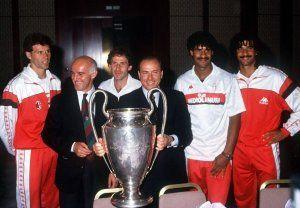 El Milan de Sacchi y de Berlusconi junto con Van Basten, Gullit y Rijkaard.