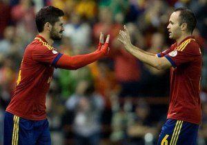 Isco entra por Iniesta en una sustitución con España