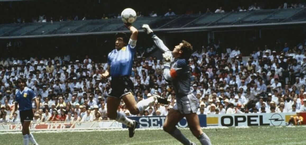 la mano de Dios Maradona